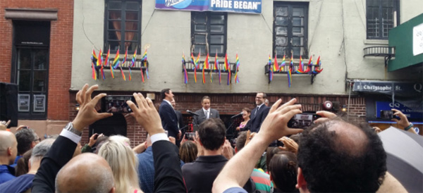 Obama-stonewall-in--new-york
